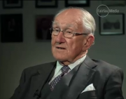 Malcolm Fraser warns Australia risks war with China unless US military ties cut back