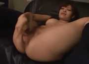 Japanese Babe Can't Stop Squirting
