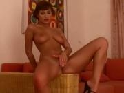 Sexy Veronica Vanoza Shows Off Perfect Body